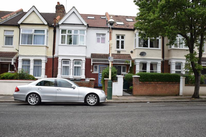 rental property - 3 Bedroom flat  (F), 25 minutes to city center - London - rentals