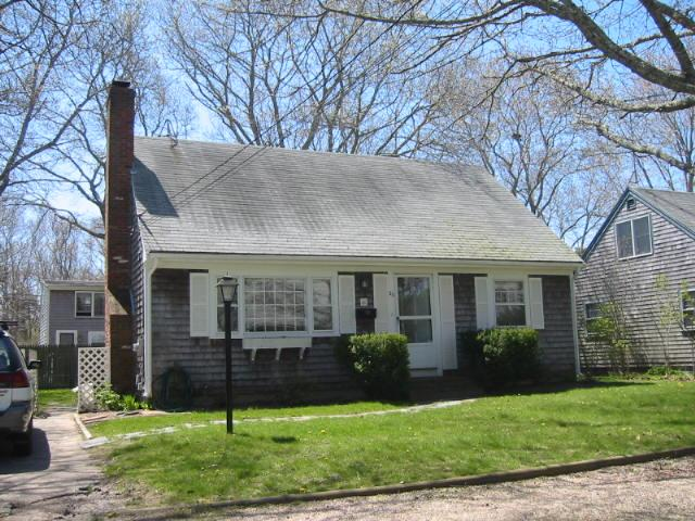 Affordable, cute, convenient location! - Image 1 - Falmouth - rentals