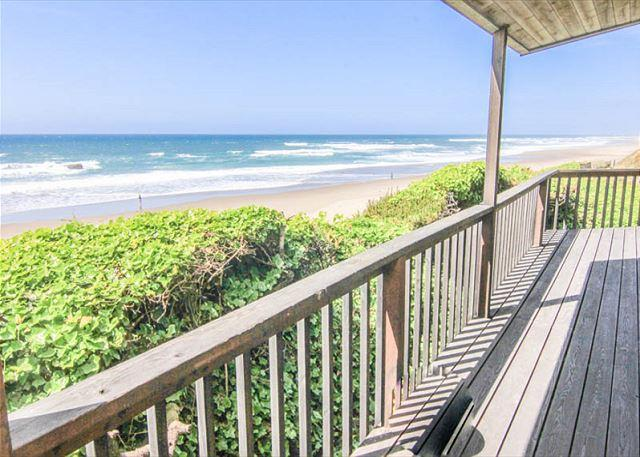 Oceanfront Beauty With Splendid View King Suite and Spa Tub! - Image 1 - Lincoln City - rentals