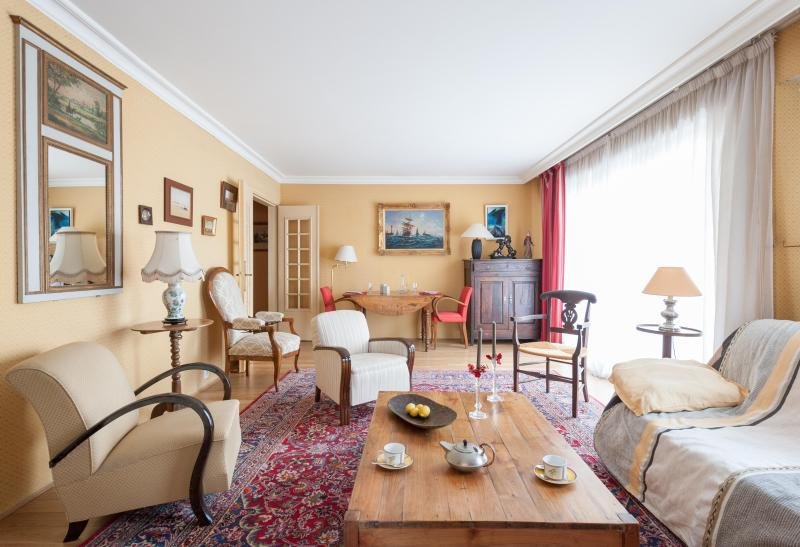 onefinestay - Rue du Ranelagh private home - Image 1 - Paris - rentals