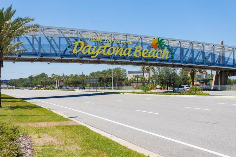 Fountain Beach Resort 205, 1 Bedroom, Ocean View, Heated Pool, Sleeps 6 - Image 1 - Daytona Beach - rentals
