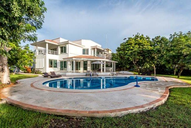 Casa Refugio - Oceanfront, Pool, Main Villa and Guest Bungalow - Image 1 - Cozumel - rentals