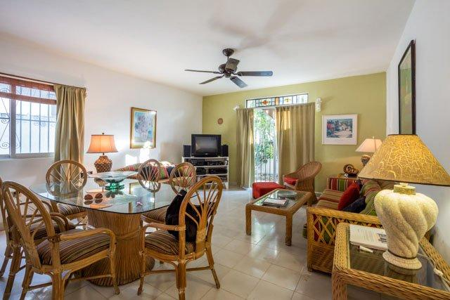 Casa Santa Fe - Cute House, Great Location, Close to Everything - Image 1 - Cozumel - rentals