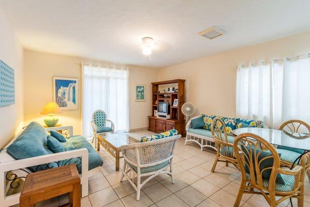 Casa Christi - Newly Refurbished, 4 Blocks To Ocean, Central A/C - Image 1 - Cozumel - rentals