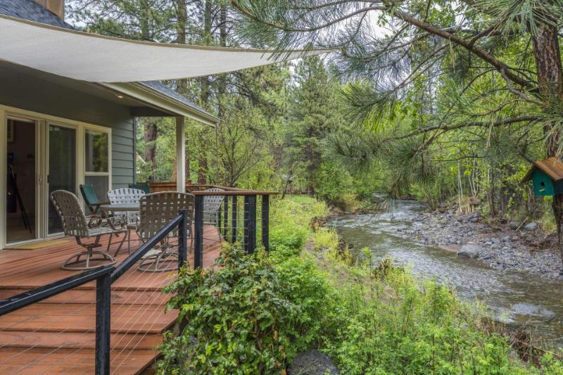 Modern, riverfront home w/ entertainment in a quiet, charming community - Image 1 - Sisters - rentals