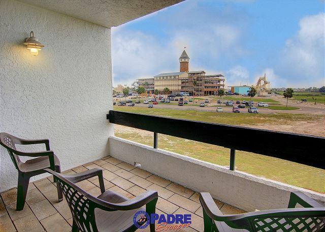 Main living area balcony - 3 Bedroom Penthouse unit at Schlitterbahn entry! - Corpus Christi - rentals