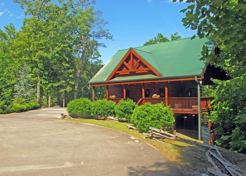 Three Bedroom Wears Valley Cabin - GRIST MILL GETAWAY - Wears Valley - rentals