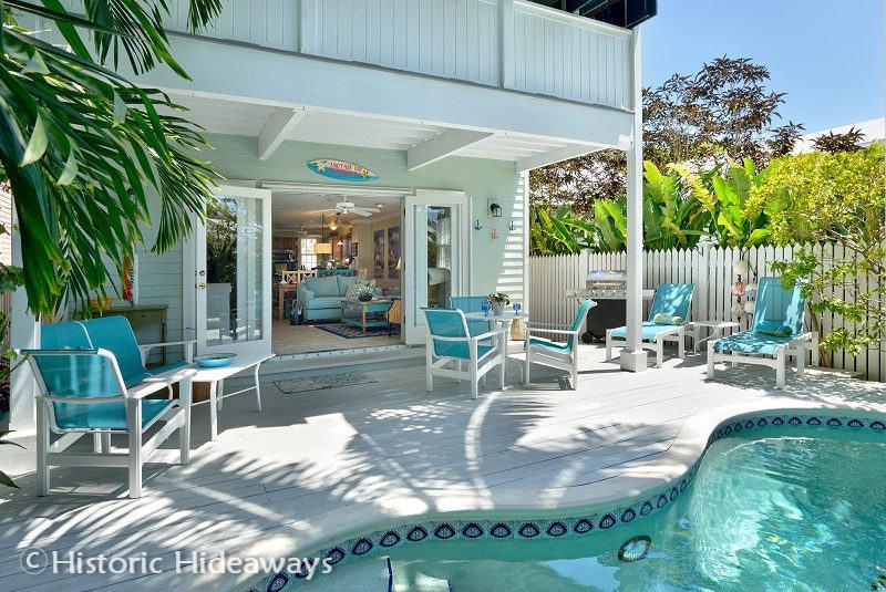 Hemingway's Library - Hemingway's Library – MONTHLY Rental - Key West - rentals