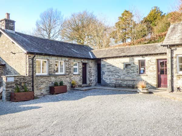 DERWENTWATER one of eleven apartments in a courtyard setting, woodburning stove, pet-friendly in Sawrey Ref 935820 - Image 1 - Sawrey - rentals