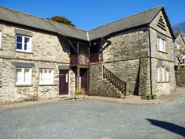ULLSWATER one of eleven apartments in a courtyard setting, woodburning stove, pet-friendly in Sawrey Ref 935823 - Image 1 - Sawrey - rentals