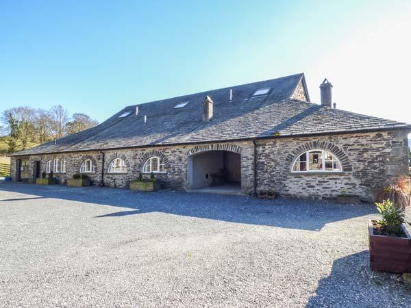 GRASMERE one of eleven apartments in a courtyard setting, woodburning stove, pet-friendly in Sawrey Ref 935818 - Image 1 - Sawrey - rentals