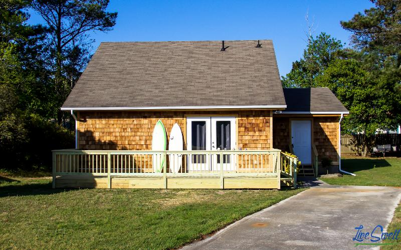 Chill Beach and Surf Bungalow OBX - Image 1 - Kill Devil Hills - rentals