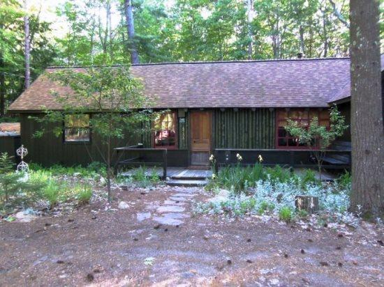 Front View Spring - Enjoy Peace and Quiet near the Lower Platte River - Honor - rentals