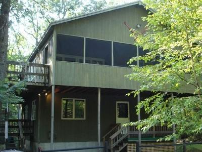 Lux. Spacious 4 BR Chalet - Min. to Beach & Skiing - Image 1 - Bridgton - rentals
