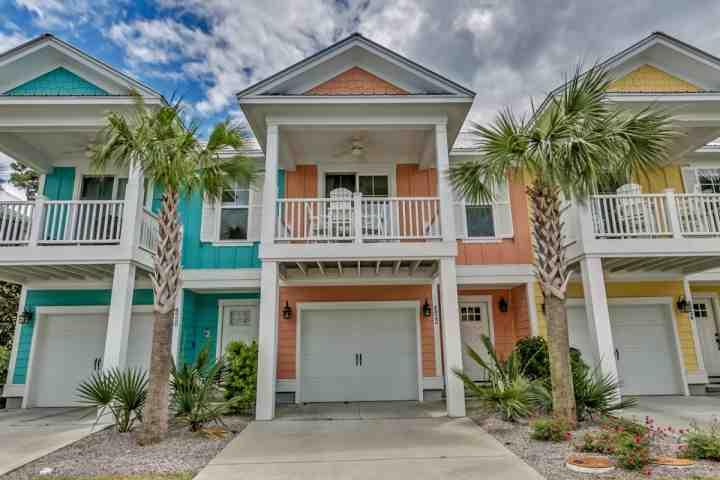 North Beach Plantation Luxury Spa Vila 2BR 2BA Sleeps 6. 2.5 Acres of Pools - Image 1 - North Myrtle Beach - rentals