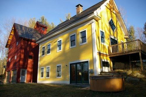 Rear View - Secluded holiday home - Wolcott - rentals