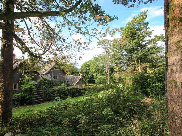 WOODPECKER LOFT, pet friendly, luxury holiday cottage, with a garden in East Anstey, Ref 8529 - Image 1 - Dulverton - rentals