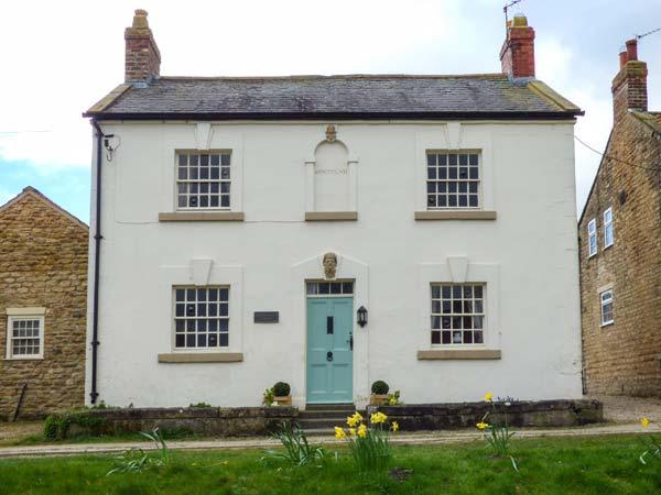 ROSEDALE HOUSE, detached, off road parking, garden, in Welburn, Ref 935228 - Image 1 - Malton - rentals