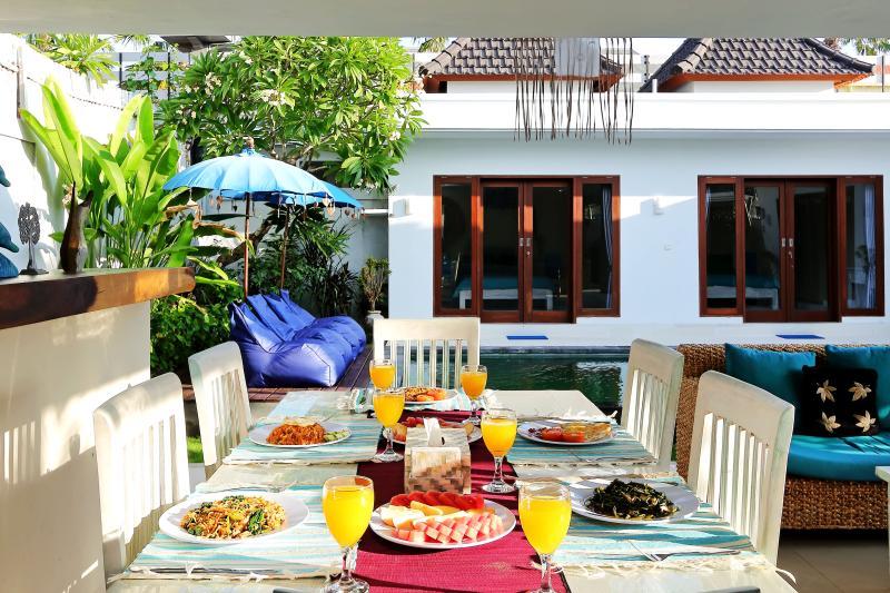 Beachside Location & Great Value - Pohon Villas - Image 1 - Seminyak - rentals