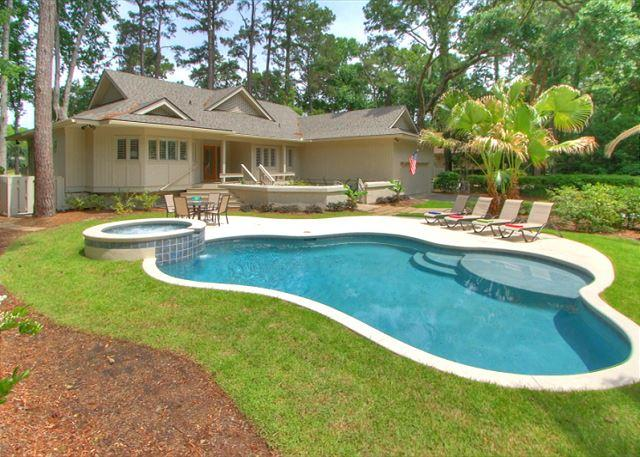 Battery 25 is an easy bike ride to the Beach! - Fabulous Home with Private Pool & Spa plus views of Harbour Town Golf Links! - Hilton Head - rentals