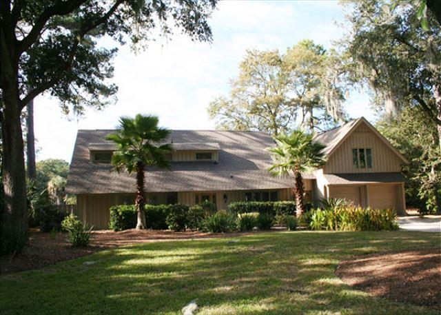Red Maple 20 - Beautiful Views of Private Pool, Spa, Lagoon & Golf. Pet Friendly Home! - Hilton Head - rentals