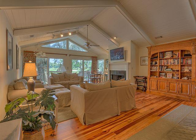 Spacious Living Room with Flat Screen TV - Great Vacation Home on Canal in Palmetto Dunes with Golf Views & Private Pool - Hilton Head - rentals
