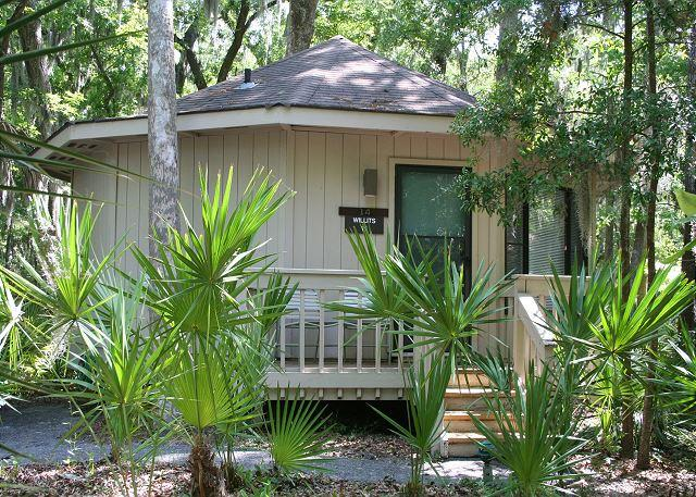 Night Heron 10 - 1 Bedroom Villa in Sea Pines Walking Distance to the Beach & Pet Friendly! - Hilton Head - rentals