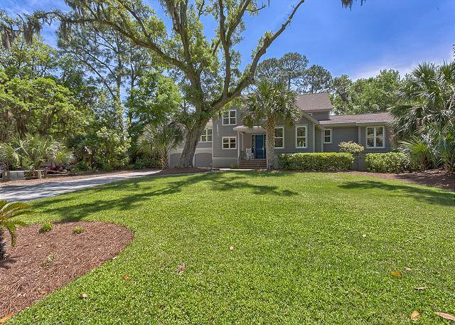 Sandpiper 21 - Fabulous 6 Bedroom Home with Pool, Spa, 2 Master Suites & Easy Walk to Beach! - Hilton Head - rentals