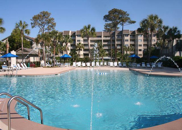 Zero Entry Pool measure 66' x 66' - Beautiful 2 Bedroom Villa with Pool and Ocean Views! - Hilton Head - rentals