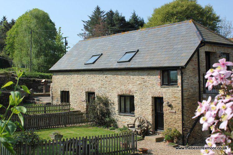 Honeycott, near Wheddon Cross - Converted barn on a working farm in the heart of Exmoor - sleeps 4 - Image 1 - Wheddon Cross - rentals