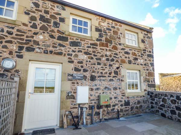 HIGH HEMMEL HOUSE, stone-built, hot tub, woodburner, parking, garden, in Embleton, Ref 930497 - Image 1 - Embleton - rentals
