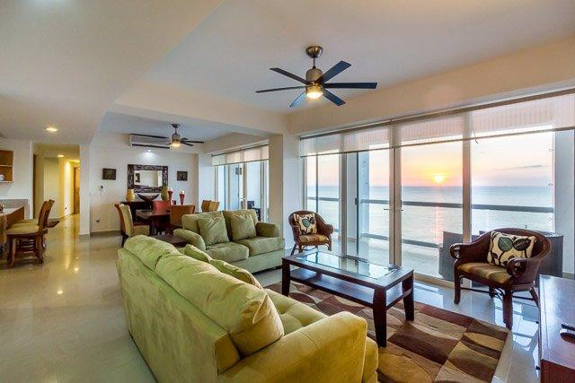 Casa Copernicus (C11) - Fantastic 11th Floor Ocean Views, Heated Pool, Great Snorkeling - Image 1 - Cozumel - rentals