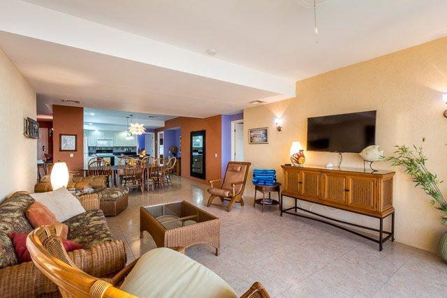 Casa de Colores (3AS) - Local Color and World-Class Comfort in One Incredible Condominium - Image 1 - Cozumel - rentals