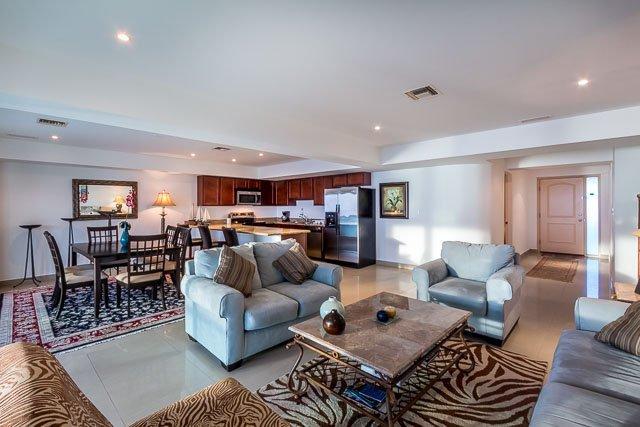 Casa Diane (5D) - Upscale Condominium With Cozumel Convenience - Image 1 - Cozumel - rentals