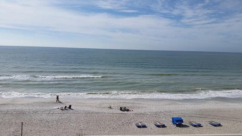 Beach view from 402 balcony - Gulf Beach Condo! 3 BR, Handicap & Tall equip'd - Madeira Beach - rentals