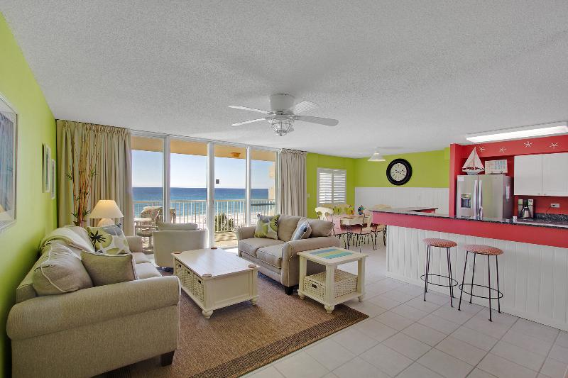 Spacious, open living area with bright new paint & new furniture (2015) - Beachy Keen - 2 King Beds - Free Beach Service - Fort Walton Beach - rentals