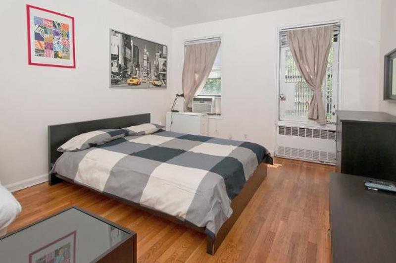 CHARMING, CLEAN AND COZY STUDIO APARTMENT - Image 1 - New York City - rentals