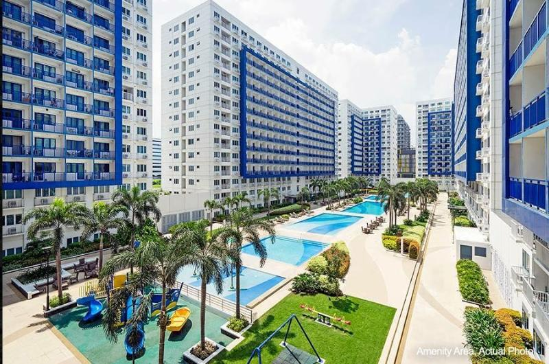 Pool Area - Furnished Condo at Sea Residences, Mall of Asia - Makati - rentals