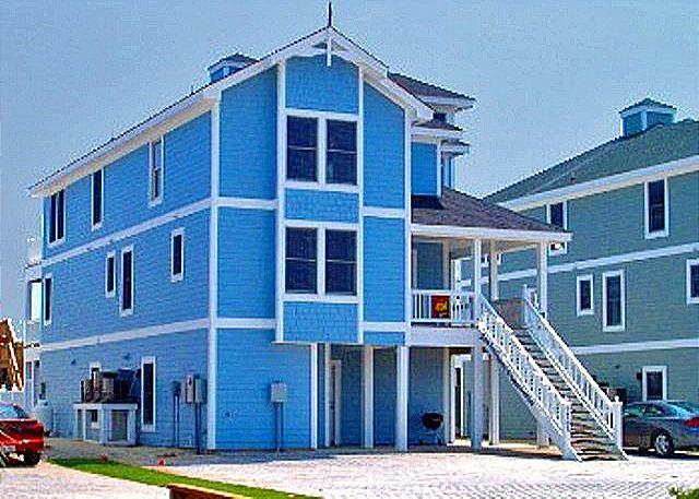 Easy Breezy, Awesome 8br Oceanfront Sleeps 18 Pool - Image 1 - Nags Head - rentals