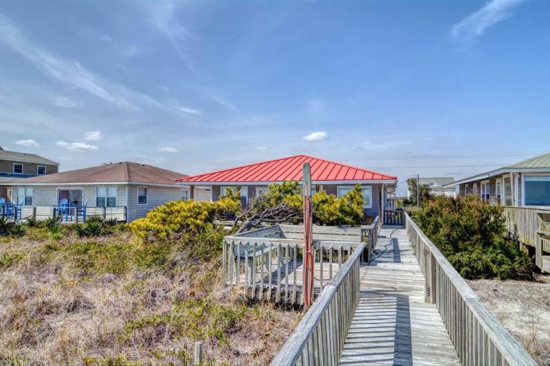 A BEACH PEARLE - Image 1 - Topsail Beach - rentals