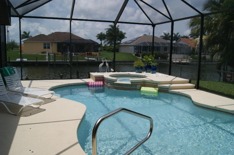 Waterfront, Pool, Spa,  -Paradise is Waiting - Image 1 - Cape Coral - rentals