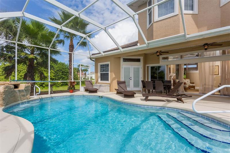 Seas the Day, 3 Bedrooms, Private Pool, Sleeps 8 - Image 1 - Palm Coast - rentals