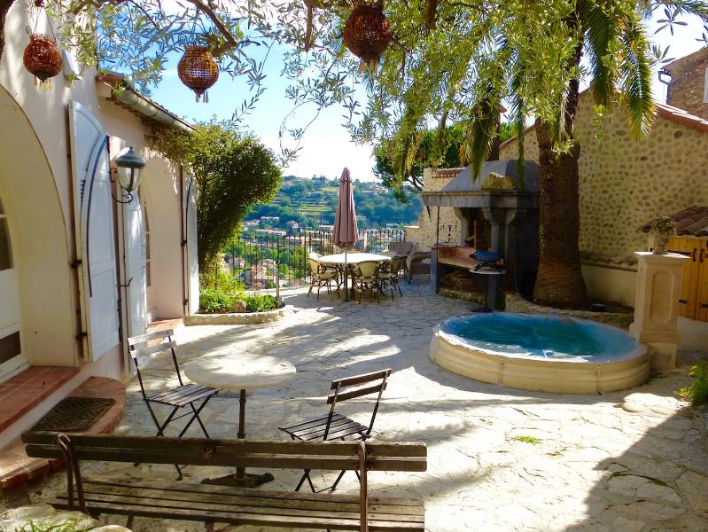 Main terrace - Super Home with Small Pool -Ideal for Food Lovers! - Cagnes-sur-Mer - rentals