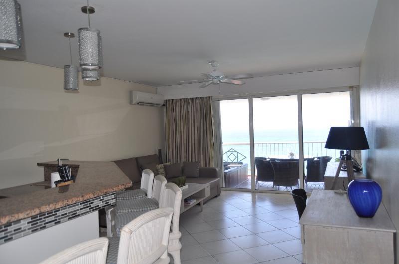 La Plage et Soleil Suite - Image 1 - Mullet Bay - rentals