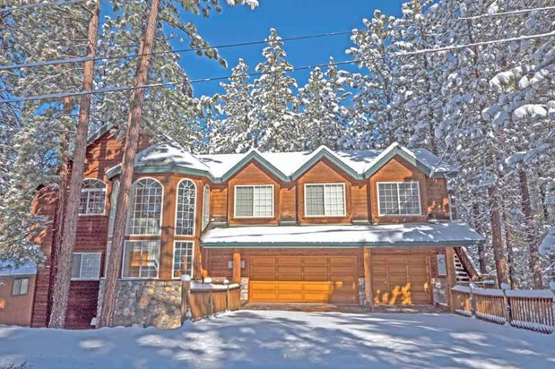 Exterior Winter - 2460 Lupine Trail - South Lake Tahoe - rentals