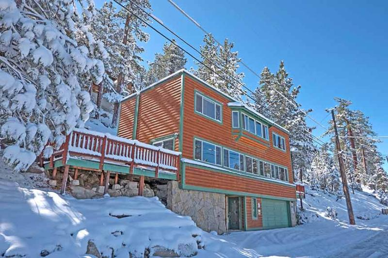 Exterior Winter - 4221 Saddle Road - South Lake Tahoe - rentals
