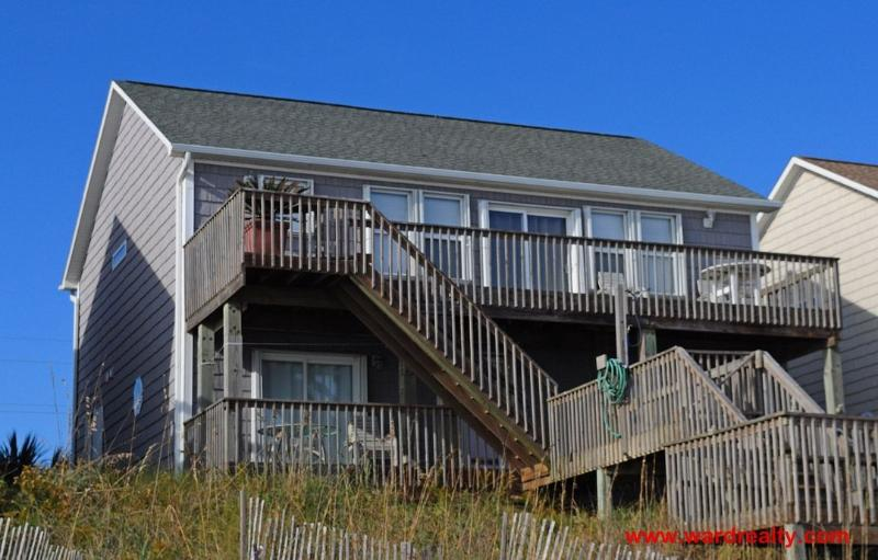 Oceanfront Exterior - 5 BR oceanfront home with elevator and spectacular views from decks - C' Turtle - Surf City - rentals