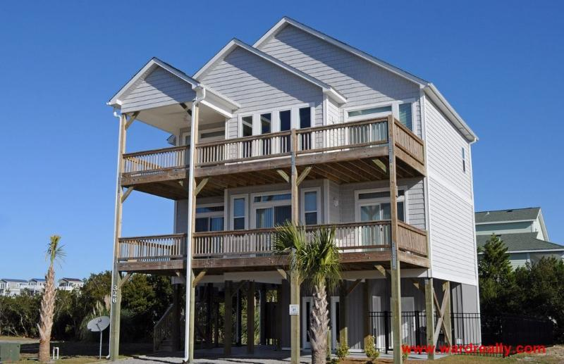 Capt. Mack IV Exterior - New Construction in 2015, gorgeous and modern home with elevator is very pet friendly! - Capt. Mack IV - Surf City - rentals
