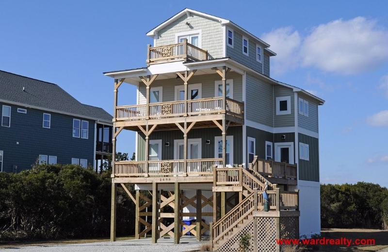 Surfin' Pelican Exterior - Surfin' Pelican - North Topsail Beach - rentals