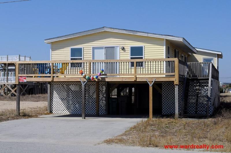 Windansea Exterior - 2nd Row 3 BR Home with Spacious Sun Deck & Easy Beach Access - Windansea - Surf City - rentals